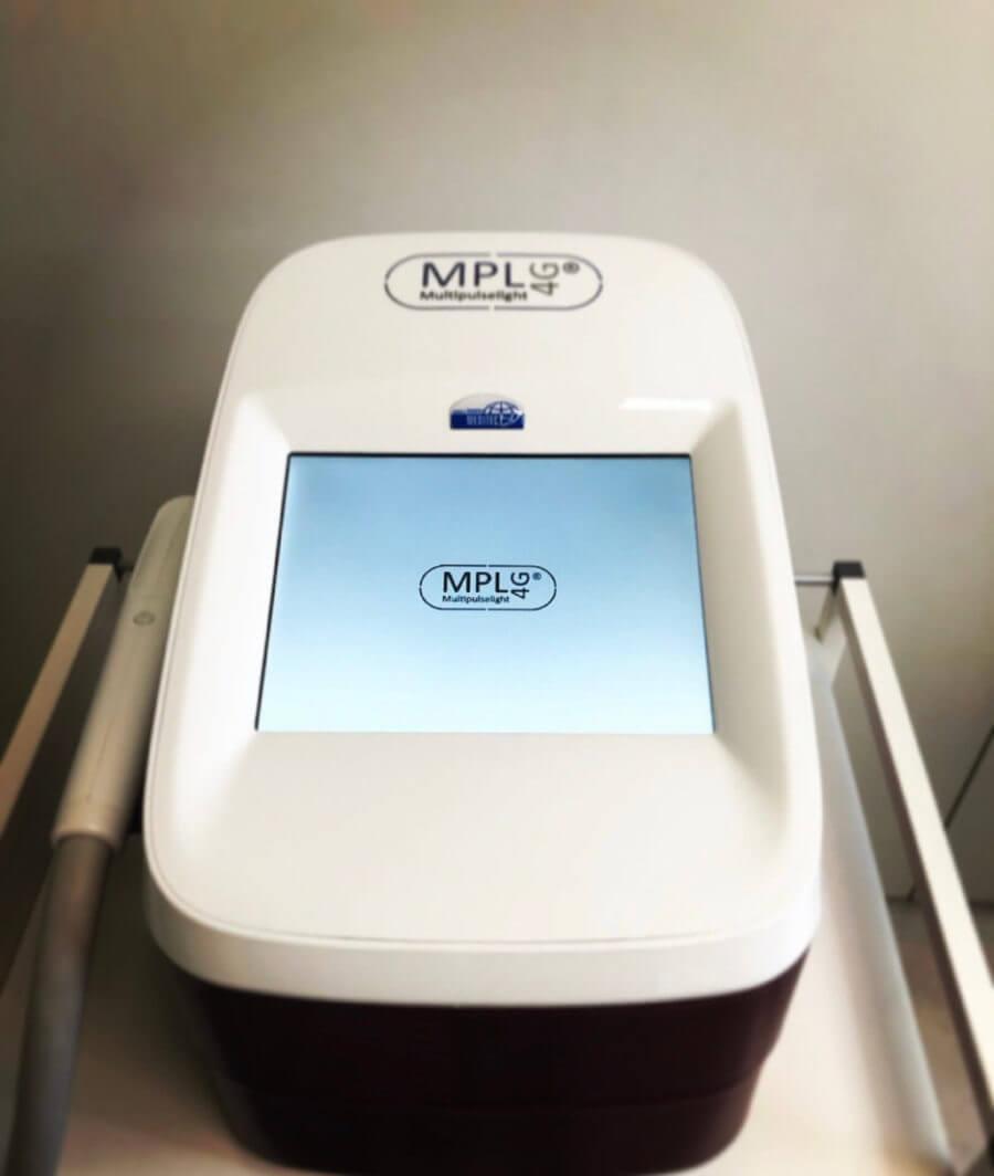 Multipulselight-Gerät zur Durchführung der dauerhaften Haarentfernung